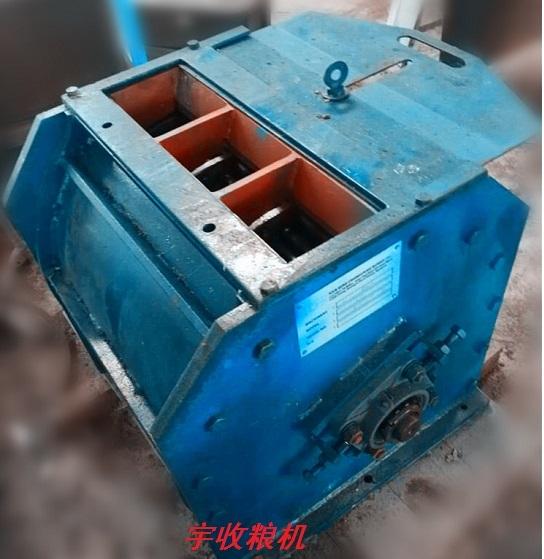 大型棕榈核剥壳机处理量:2-6吨/小时