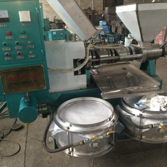 油坊用加工花生菜籽芝麻压油机 挤油机 全自动商用大型螺旋榨油机