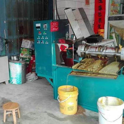 全自动菜籽油葵榨油机设备 100型螺旋多功能榨油机 出油率高效果好