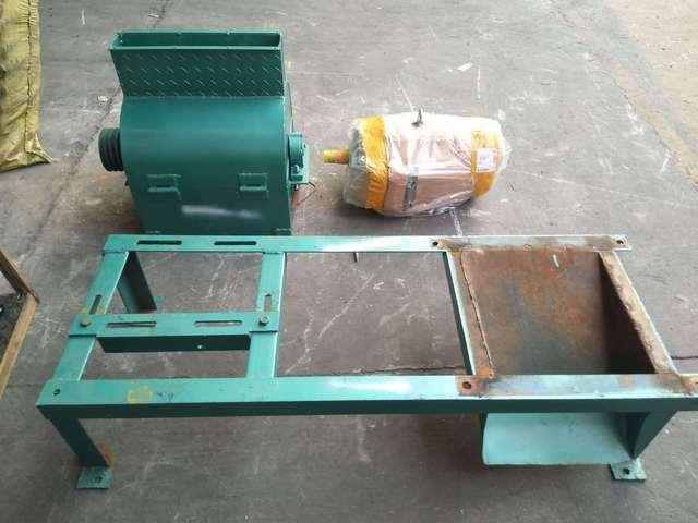 豆饼粉碎机,液压榨油机粉碎饼机,笨榨破饼饲料颗粒机