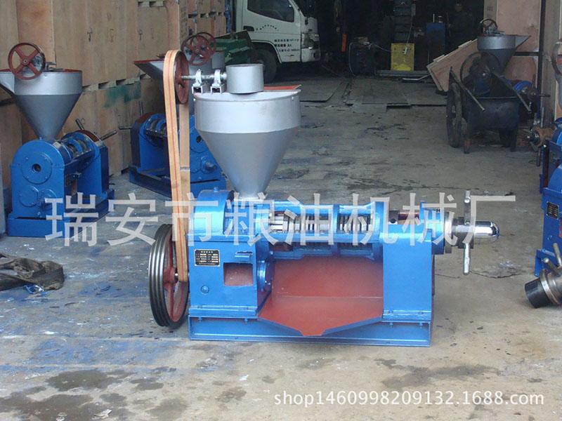 精品热销6YL-95A型螺旋榨油机 客户高评价 经久耐用 厂家批发